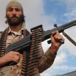 """Matthew VanDyke cria exército para combater """"estado islâmico"""""""