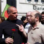Yanis Varoufakis junta-se ao LIVRE na celebração do 25 de Abril